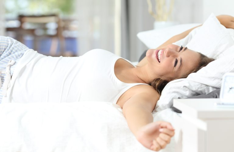 I know first hand that Chronic low back pain sufferers often live in a constant state of sleep deprivation and pain management. Here are simple changes in HOW YOU SLEEP that can make a HUGE difference in how your BACK FEELS! #back #pain #remedies #natural #sleep #stretches #relieve
