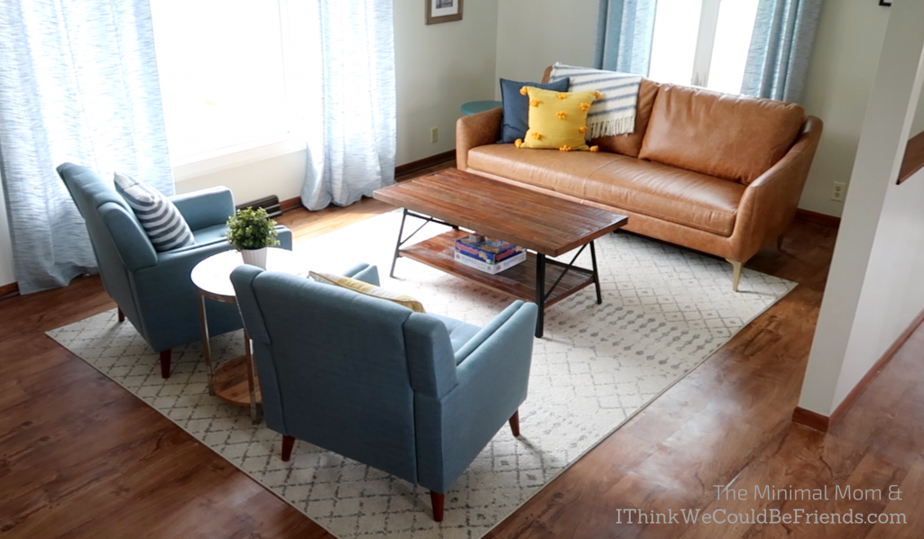 minimalist living room, blue, brown and yellow